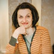 Dr. Karolina Prokopović